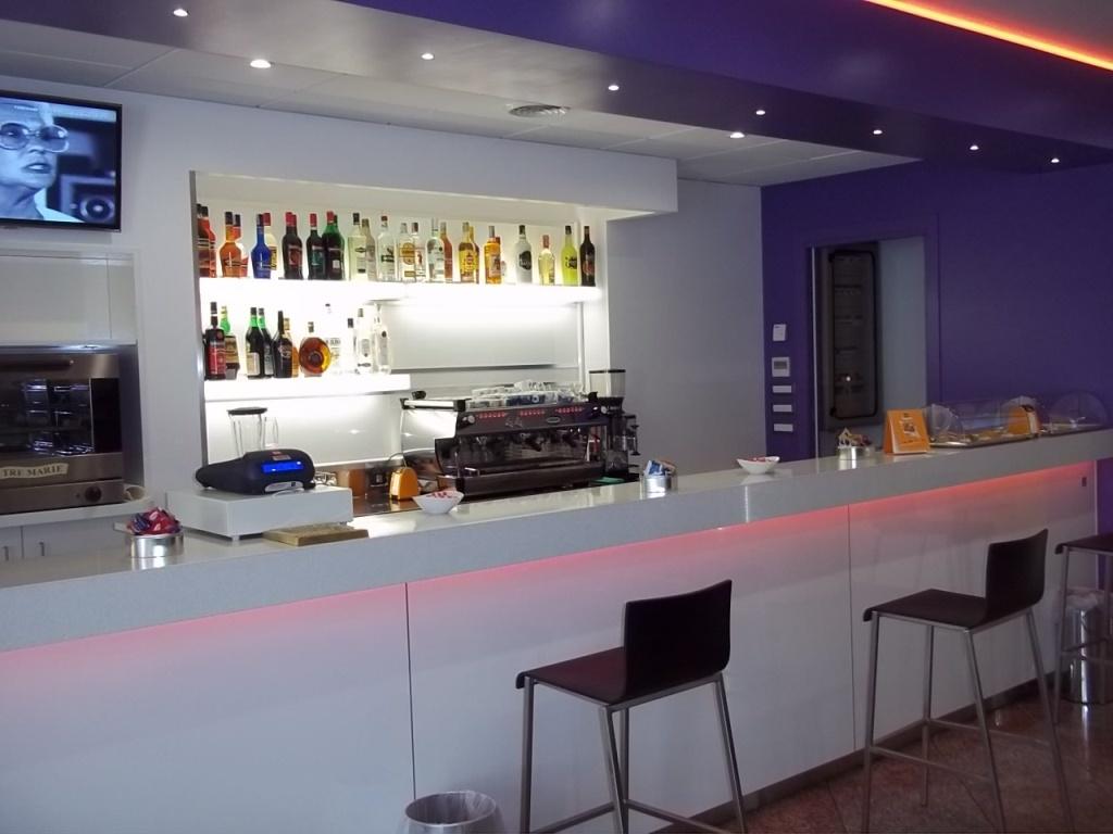 Arredamenti bar: agorà allestimenti allestimento bar gelaterie e