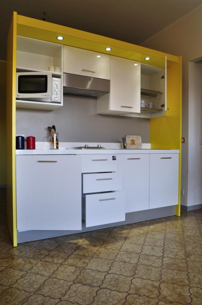 agorà allestimenti - ambienti cucina - Cucine Incassate